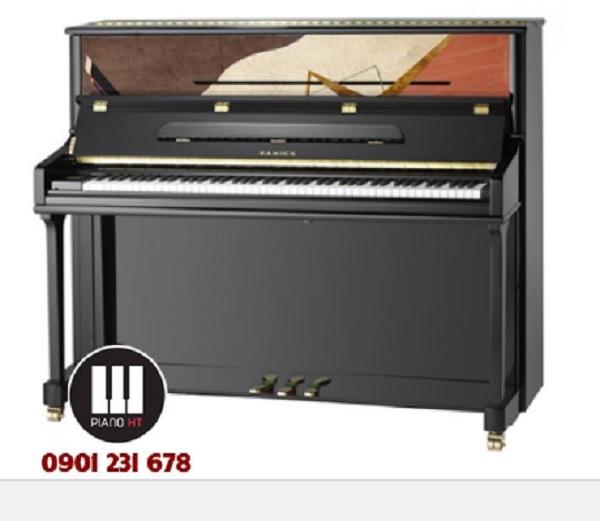 Piano Lester cũng là một trong những sản phẩm được chú ý nhiều nhất trong những năm qua về giá thành hấp dẫn