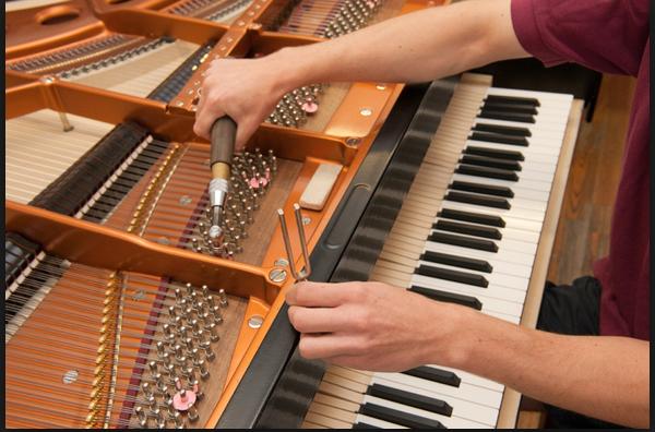 Sử dụng các dịch vụ sửa đàn tại pianoht.com là lựa chọn tốt nhất được nhiều người sử dụng hiện nay